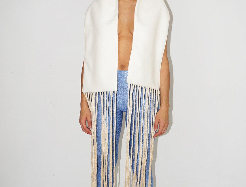 Fringes scarf