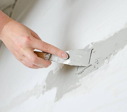 spackle_wall_crack_repair_drywall_shutte