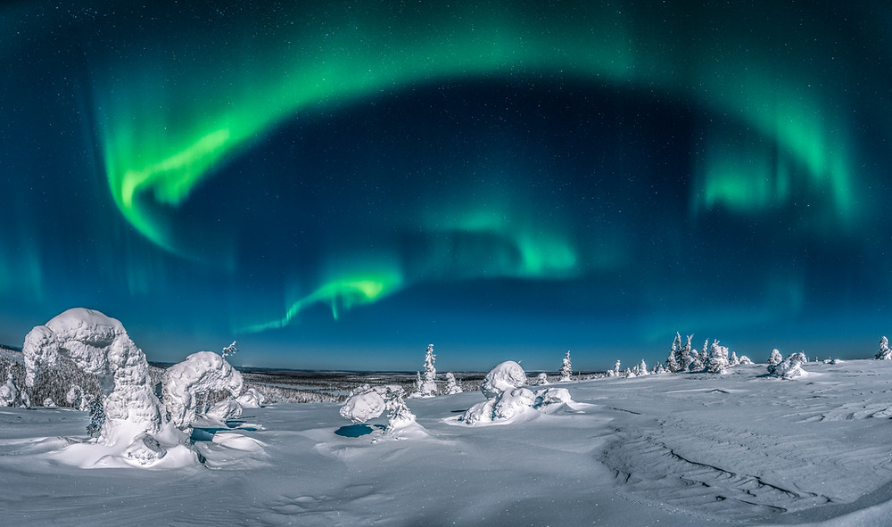 Panorama picture of Northern lights taken in Finland (Riisitunturi,Kuusamo )
