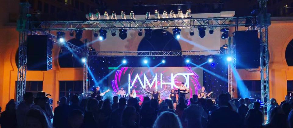Jam Hot Showband 10.jpg