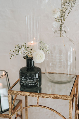 Image credit: Pear Bear Photography, vases by Sass Weddings