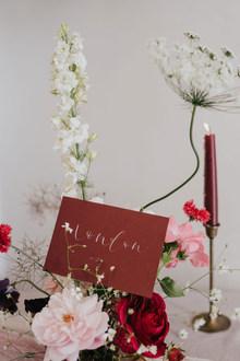 burgundy and blush pink wedding table de