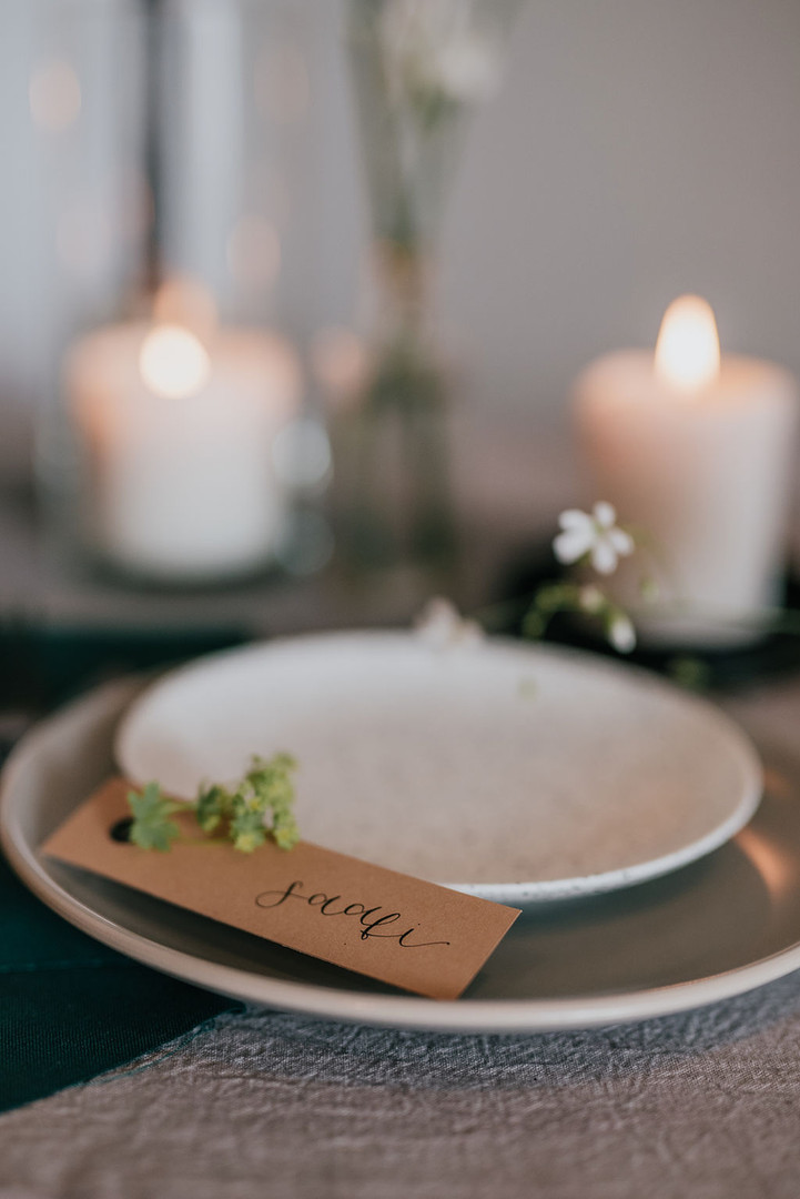 tan place name cards with eyelets