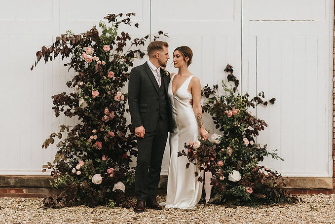 how to organise your first styled weddin