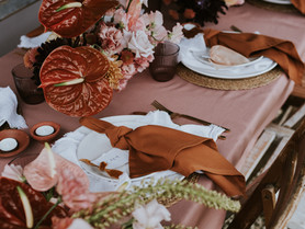 My first styled shoot since lockdown began! Pink + terracotta, nude + black and clastic rustic yaaas