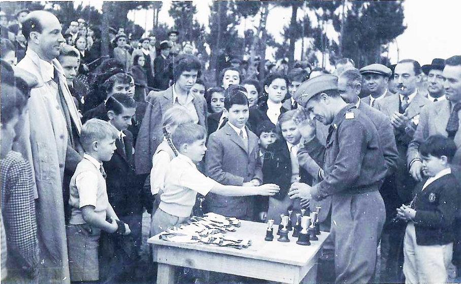 Concurso hípico de Cascais em 1952, com a presença de Sua Majestade o Rei Humberto II de Itália