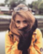 Curly foto.jpeg
