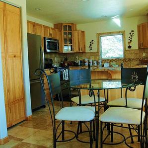 Trail Lake View | Big Kitchen