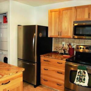 Trail Lake View | Full Kitchen