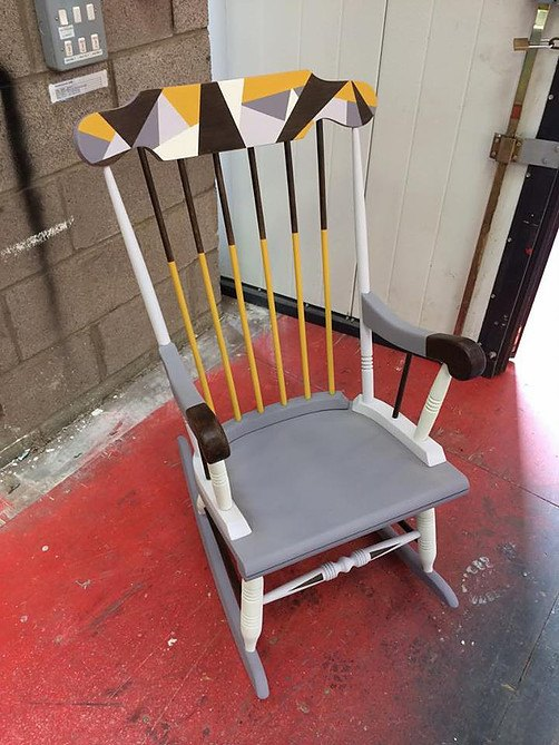 GEOMETRIC ROCKING CHAIR