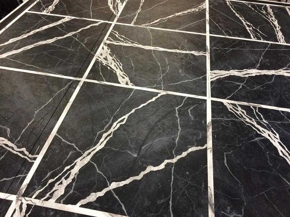 PAINTED FAUX MARBLE FLOOR