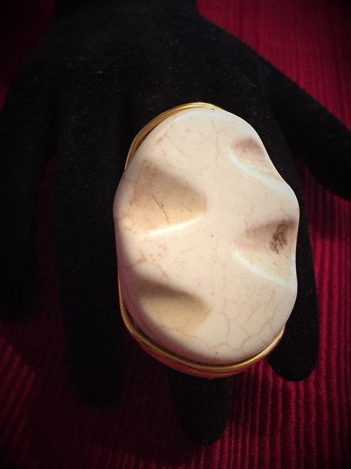 Cream Stone Ring