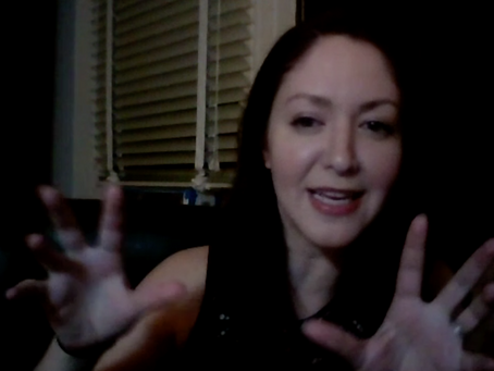 estro-talk | Jenny chats with Actor Diana Cherkas