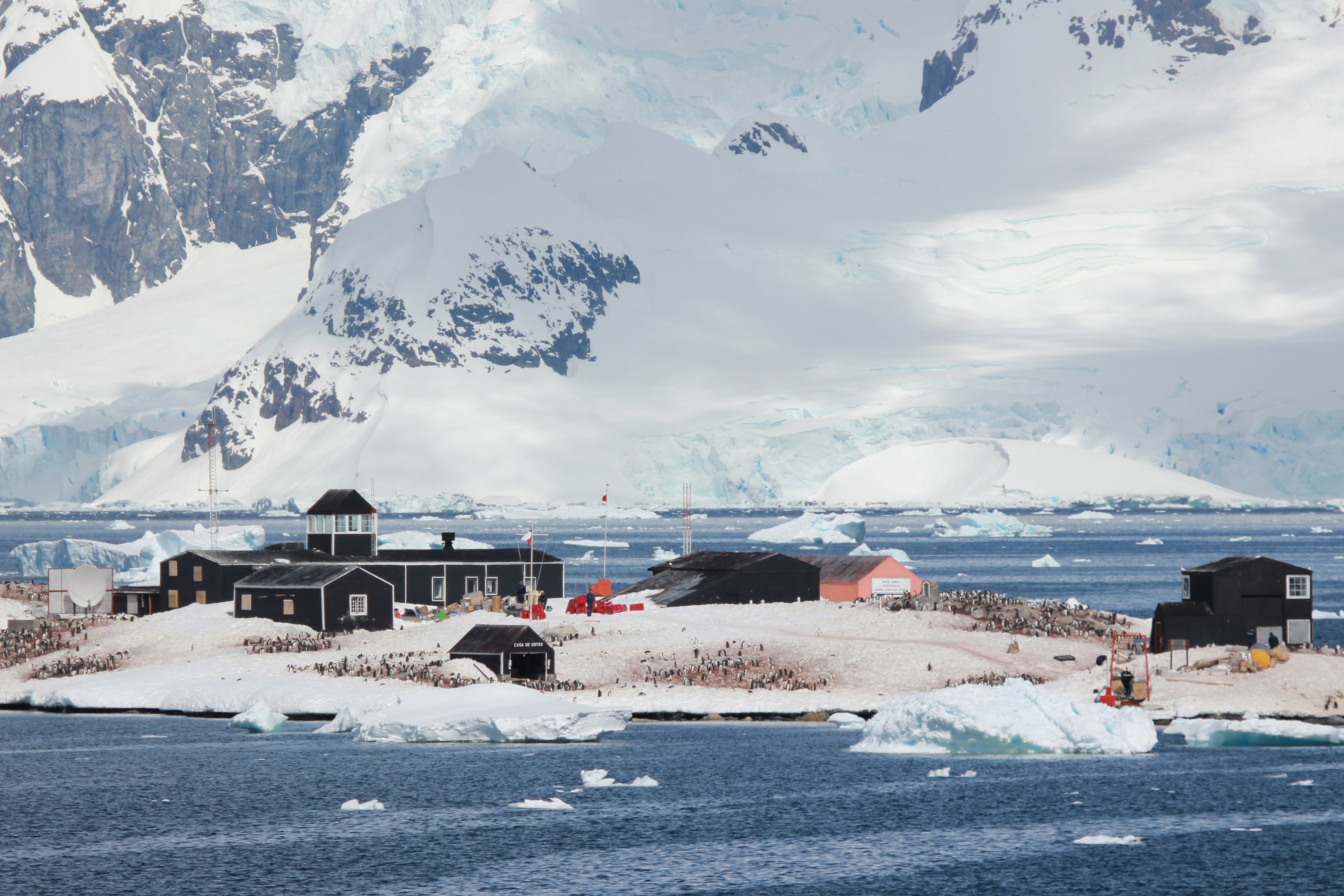 Presidente Gabriel Gonzalez Videla Base - Chile, Antarctic Peninsula