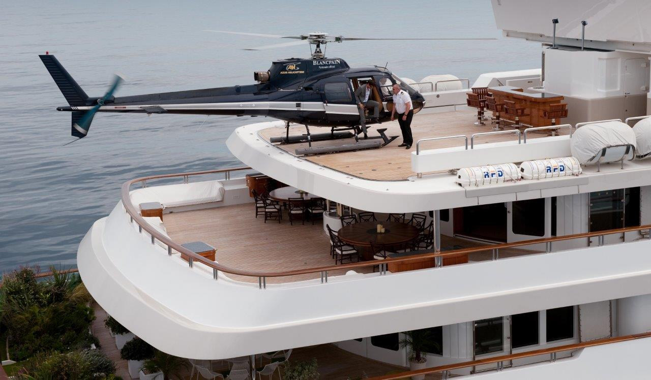 Helicopter on Boadicea.jpg