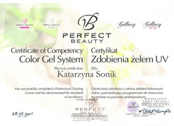 certyfikat paznokcie kobieteria