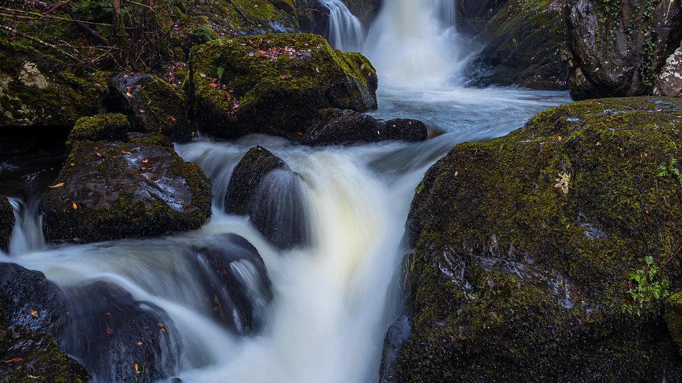 Devils Glen Waterfall