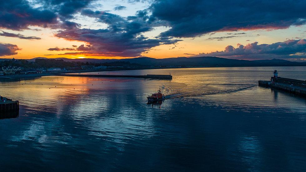 Jock & Annie Slater Returns in the sunset