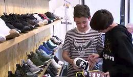 El Paso teenagers start their own sneaker business