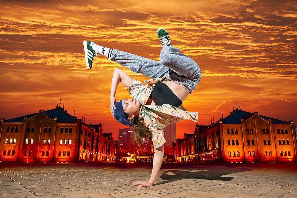 神奈川 レンガ倉庫 スカイツリー ブレイクダンス ヒップホップ bboy bgirl プロフィール アー写 宣材 プロフィール 画像 ブレイキン 写真 撮影 カメラマン 写真家 フォトグラファー 動きのある 広告 写真