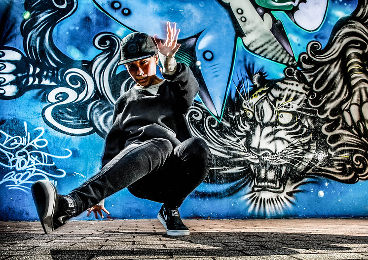 東京 ダンス 写真 撮影 カメラマン 写真家 フォトグラファー 代々木公園 グラフィティー ウォールペイント ブレイクダンス ヒップホップ bgirl 画像