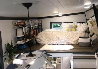 Modern Tiny Bedroom Loft