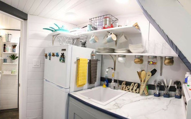 Modern Tiny Kitchen