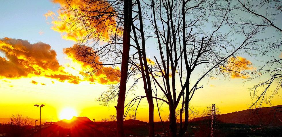 tramonto visto dalla residenza bartolome