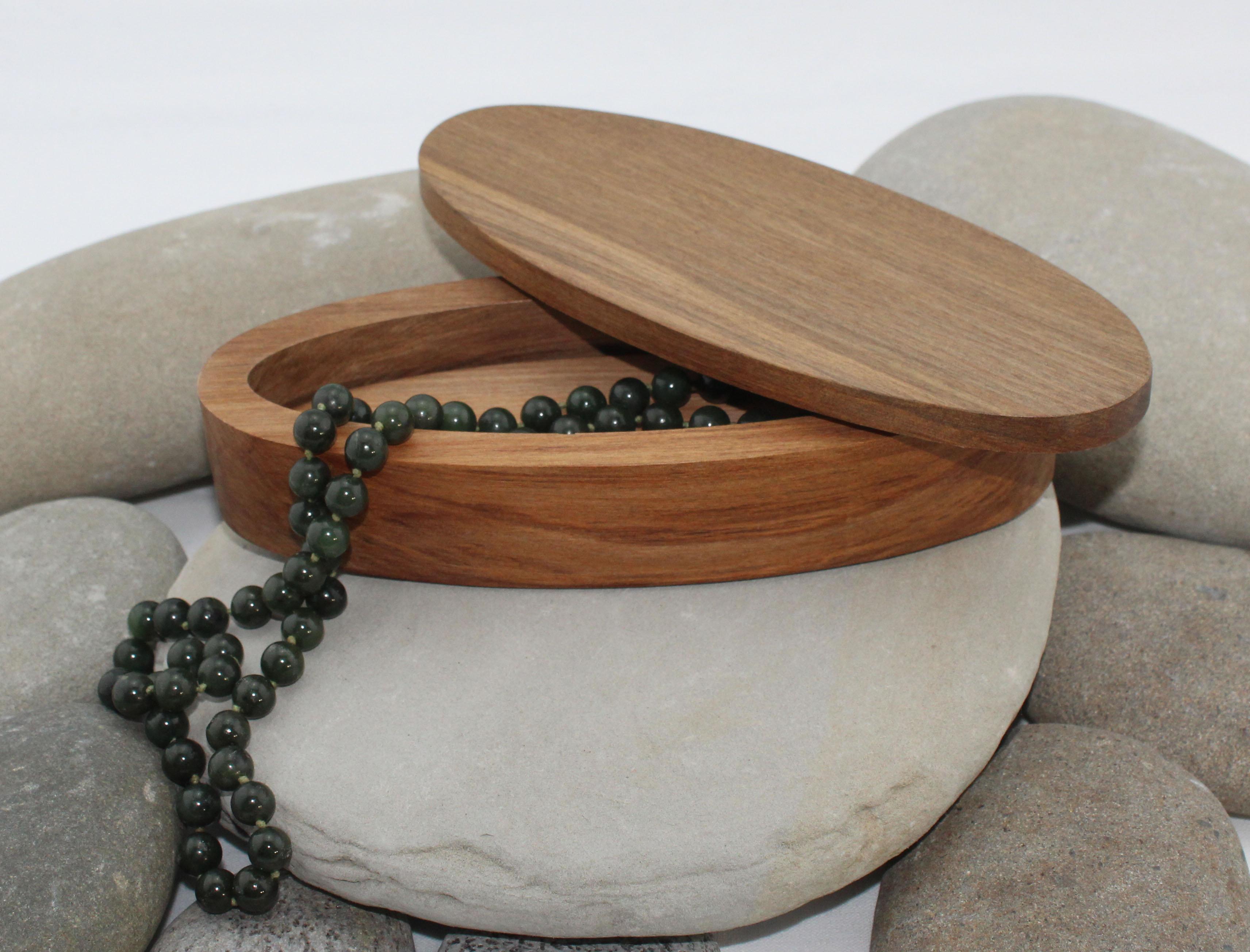 Nz Made Rimu River Wood Elliptical Pendant Box Small Flat Lid