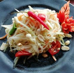 Som Tam Thai. Spicy papaya salad