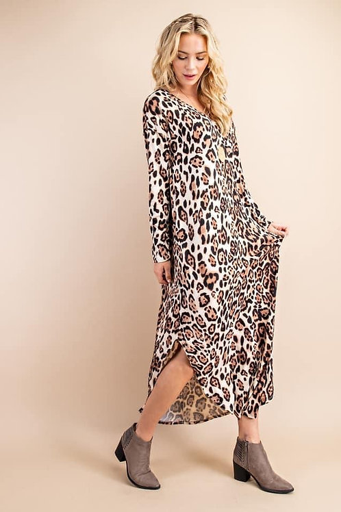 Cheetah print dress with pockets