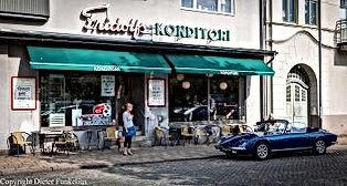Kurt Wallander Biografia, Konditori, Ystad Suecia