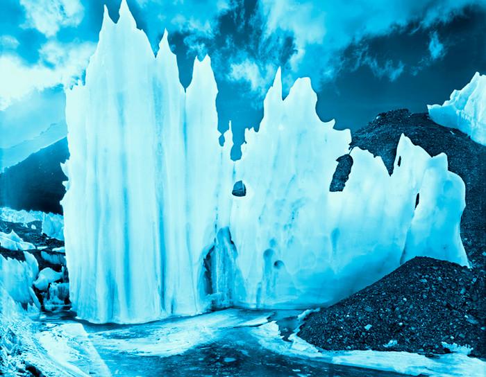 Analoge Fotografie auf Seide gedruckt   Blaue Gletscher   80x70cm gerahmt   Euro 1700,-