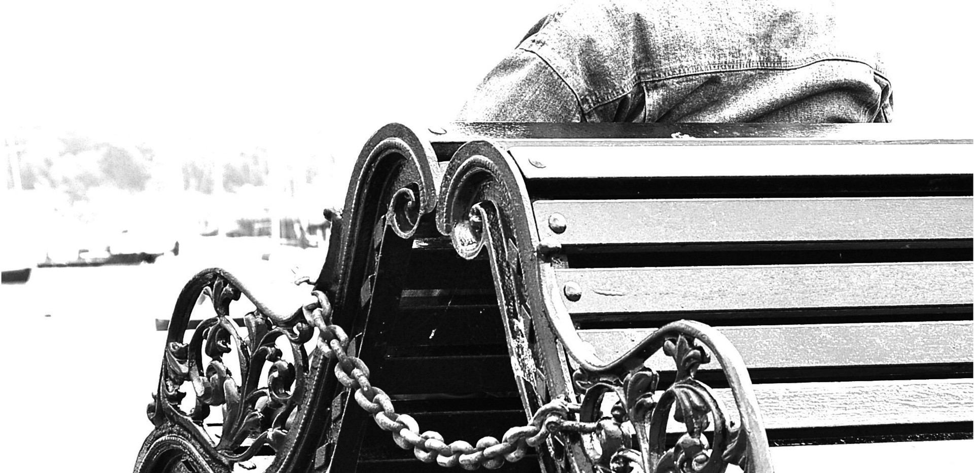 Old Man at the Sea | 60 x 80 cm Kunstfotografie hinter Acrylglas