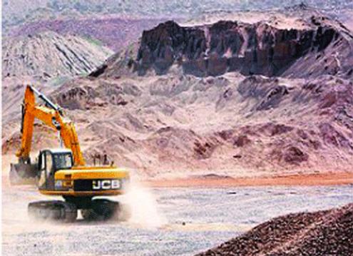 Mining%20in%20Aravallis%20Image%201_edit