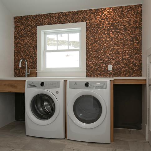 023_Laundry .jpg