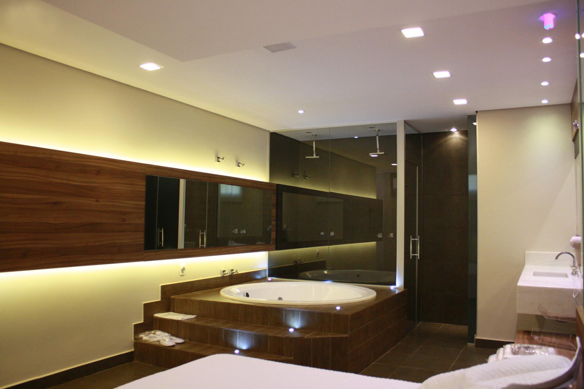 vt-suite-06