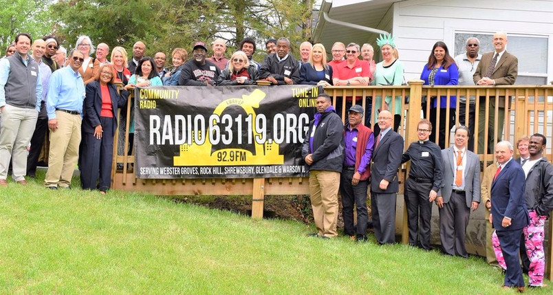 Webster Groves community turns out for Radio63119 KWRH-LP  ribbon cutting.