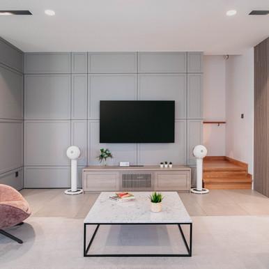 ew_interior_TV-3.jpg