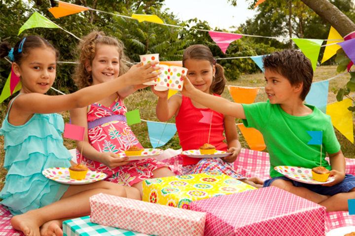 kids-birthday-picnic_h2bzns.jpeg