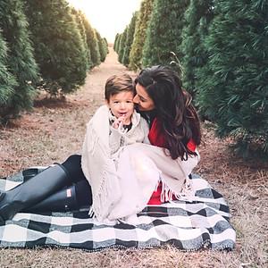Ashleigh & Sawyer Christmas