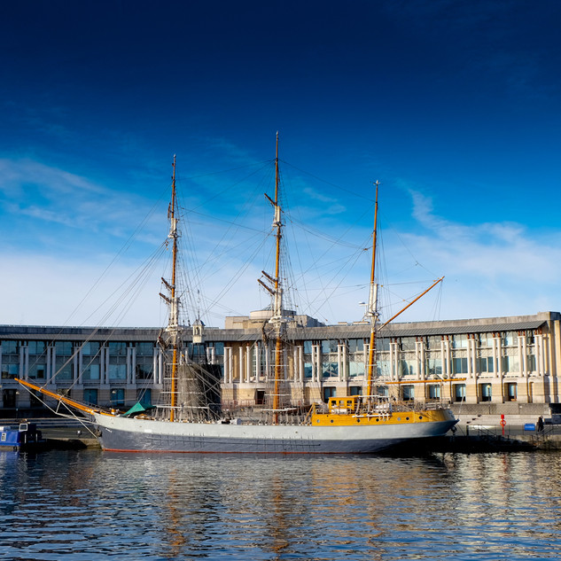 Bristol Harbourside Ship 0413.jpg