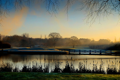 Kendleshire Bridge on the lake  0326