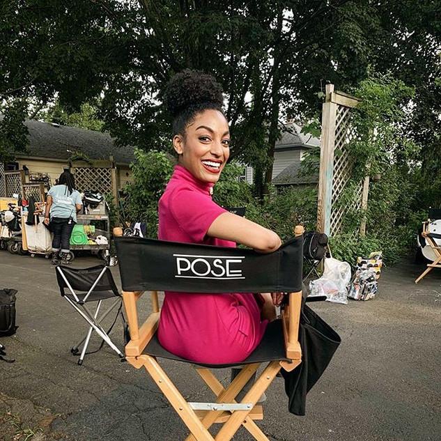 On Set of Pose on FX