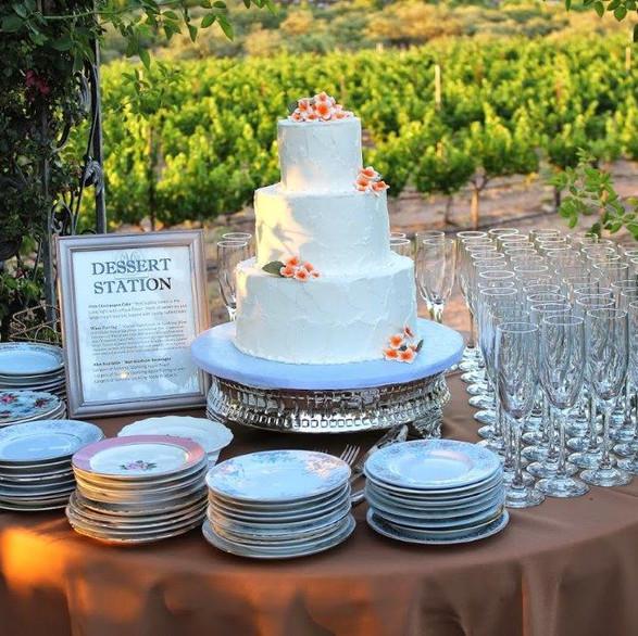 Cake_Table.jpg