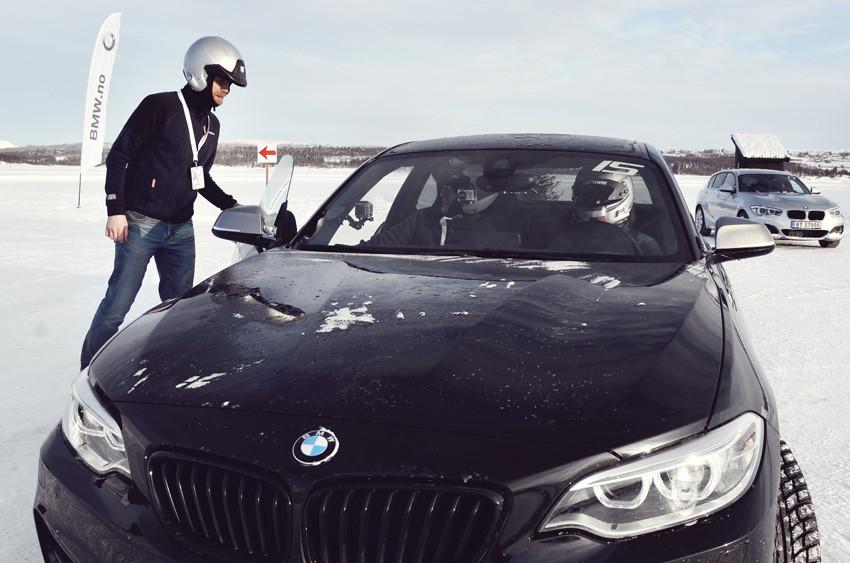 BMW Winter Experience 2017 høyhastighetskjøring i en BMW M240i Coupe. Grim Ketil Nordhus fra trafikkskole Follo Trafikkteam