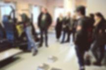 Sikring av last i bilen. Trafikkskole Follo Trafikkteam sikkerhetskurs på bane glattkjøring med elever fra Ski og Oppegård.