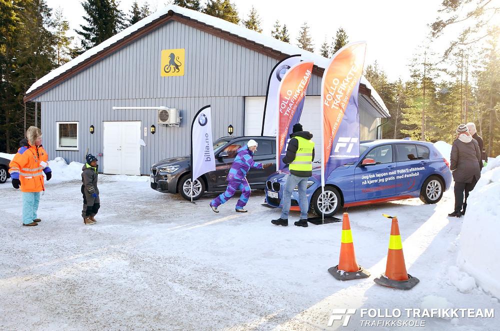 Trafikksikkerhetsdag med trafikkskole Follo Trafikkteam og NAF avd Follo på Nesodden. Smilebil