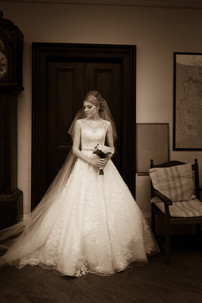 Classic wedding photograph, Dundas Castle