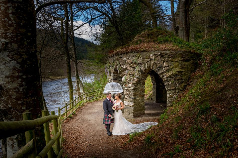Rainy day wedding photography at Dunkeld House Hotel